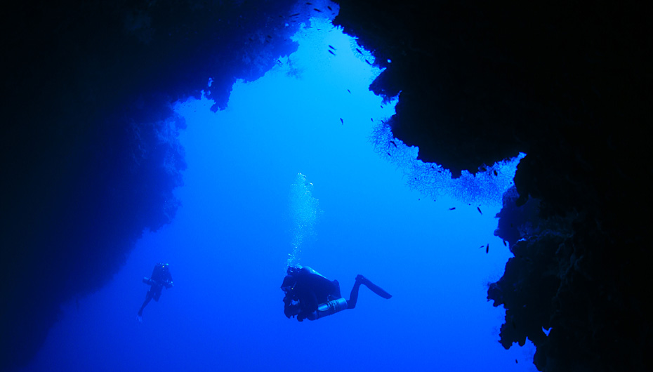 http://nexter.org/sites/default/files/Blue-Hole-Dahab-Arch.jpg