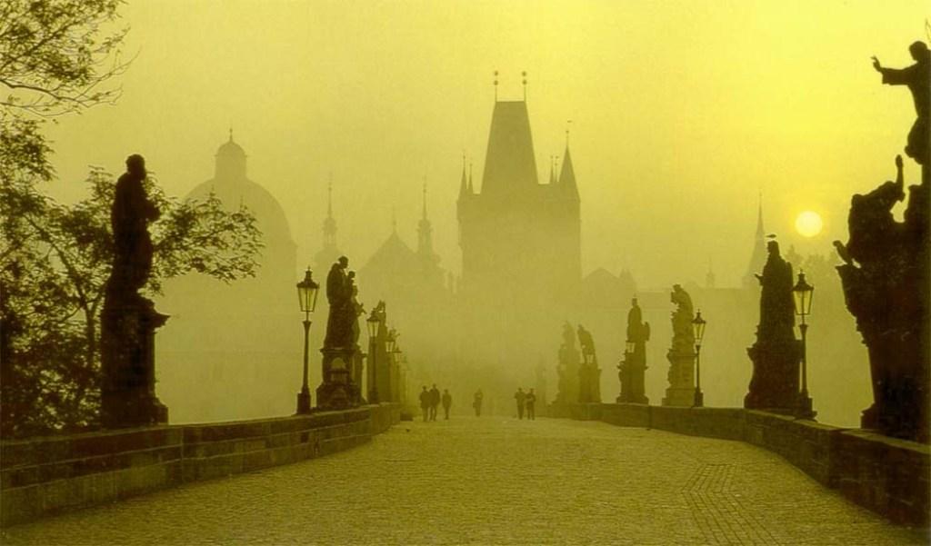 http://tour-czechrepublic.com/wp-content/uploads/2011/06/Chehiya-103.jpg